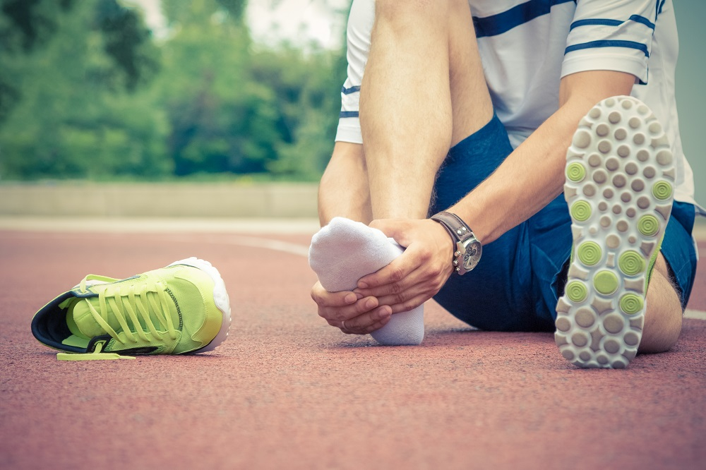 Symptoms and Treatment of Ankle Sprains